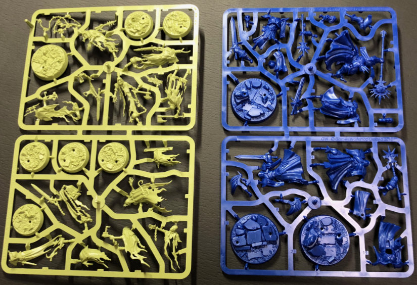 Sprues for both included warbands